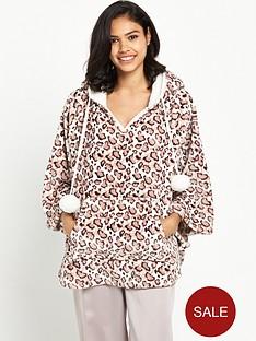 boux-avenue-cheetah-cape