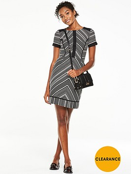 v-by-very-short-sleeve-jacquard-dress-monochrome