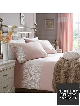 floral-geo-applique-duvet-set-pink