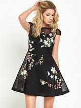 GUESS LYANA DRAGAN AND FLOWERS MESH DRESS