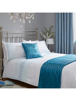 geo-ombre-embroidered-bed-in-a-bag-king-size