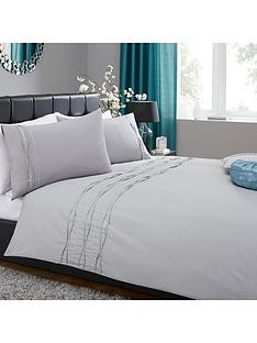 heat-set-sparkle-border-duvet-set