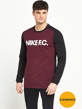nike-sweat-top