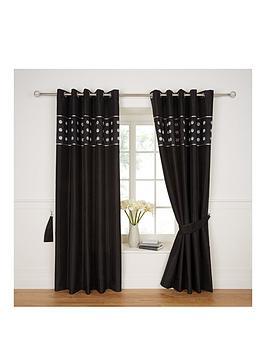 applique-circles-top-border-curtains