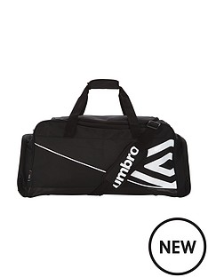 umbro-umbro-medium-holdall