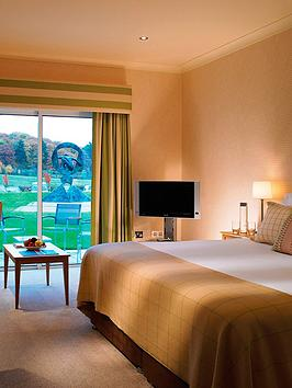 virgin-experience-days-deluxe-one-night-spa-break-for-two-with-dinner-at-donnington-valley-hotel-and-spa