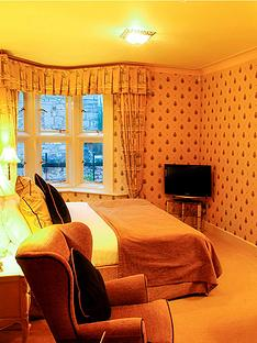 virgin-experience-days-two-night-escape-for-two-at-ruthin-castle