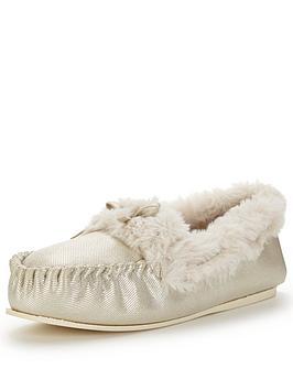 dunlop-shimmer-mocassin-slipper-with-luxe-faux-fur-beige