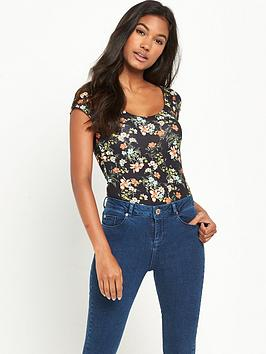 miss-selfridge-floral-scoop-body