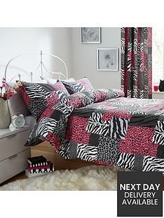 catherine-lansfield-animal-patchwork-duvet-set-multi