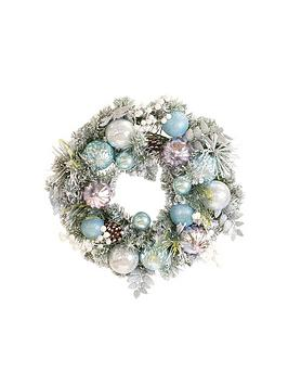 frosty-winter-24-christmas-wreath