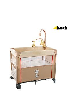 hauck-dream-n-care-travel-cot-giraffe
