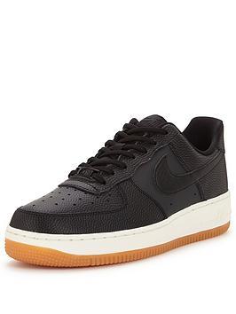 Nike Air Force 1 07 Seasonal