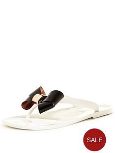 ted-baker-ettiea-flat-sandal