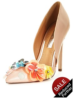 miss-kg-caela-floral-courtnbsp