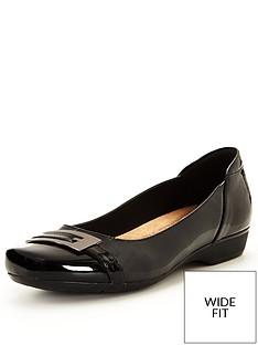 clarks-blanche-west-flat-shoe