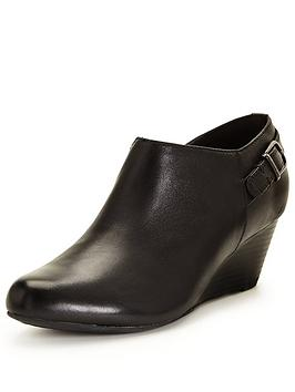 clarks-brielle-hip-wedge-shoe-boot