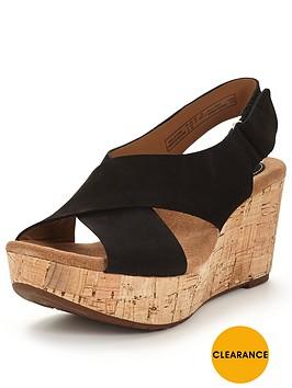 clarks-caslynn-shae-strappy-wedge-sandal