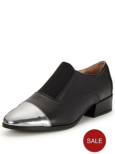 clarks-rey-chic-slip-on-brogue
