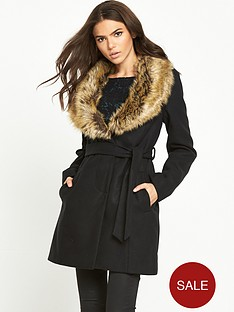 vila-kanja-detachable-fur-collar-coat