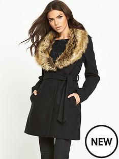 vila-vila-kanja-detachable-fur-collar-coat