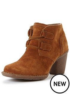 clarks-carleta-lyon-lace-up-ankle-boot