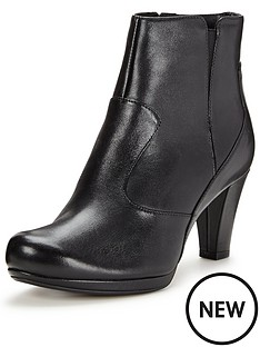 clarks-clarks-chorus-zen-ankle-boot