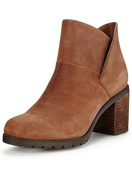clarks-malvet-helen-ankle-boot