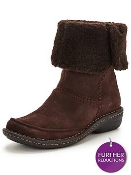 clarks-avington-grace-ankle-boot