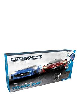 scalextric-arc-air-track-day