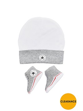 converse-converse-baby-boys-hat-and-bootie-gift-set