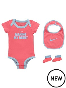 nike-baby-girls-3-pce-debut-gift-set