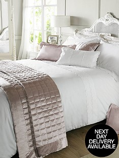 holly-willoughby-aimee-duvet-cover-white