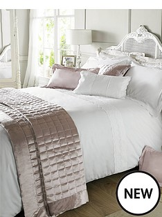 holly-willoughby-aimee-feather-filled-cushion