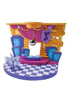 animal-jam-club-geoz-playset