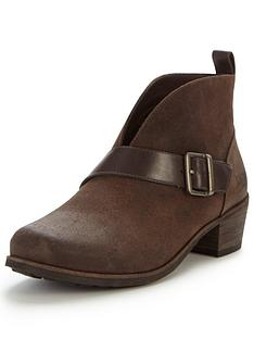 ugg-australia-ugg-wright-belted-cut-out-ankle-boot