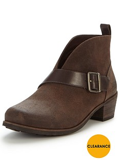 ugg-wright-belted-cut-out-ankle-boot