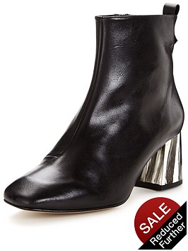 kg-snoopy-leather-ankle-boot