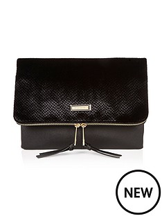 river-island-textured-velvet-clutch-bag