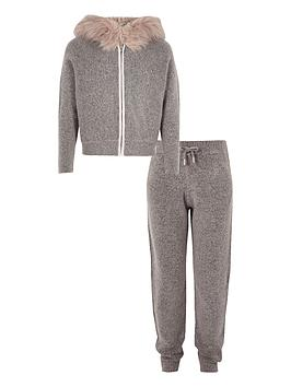 river-island-girls-grey-zip-hoodie-and-jogger-outfit