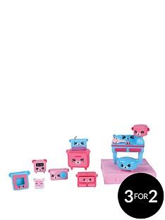 shopkins-shopkins-happy-places-decorator-pack-bear-bedroom