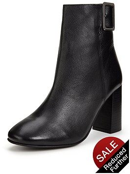 miss-selfridge-square-buckle-boot