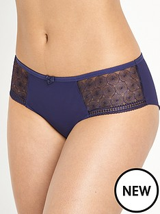 panache-cari-brief