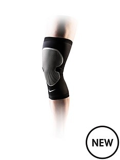 nike-pro-combat-hyperstrong-knee-sleeve