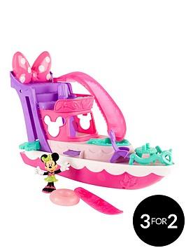 minnie-mouse-polka-dot-yacht