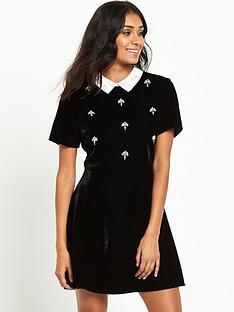 miss-selfridge-miss-selfridge-petite-velvet-embellished-collar-dress