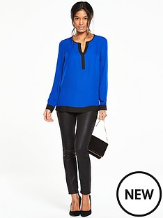 v-by-very-contrast-hem-blouse