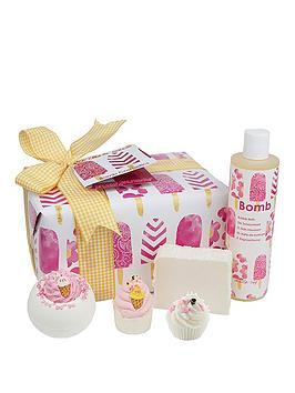 Bomb Cosmetics Ice Cream Queen Gift Set