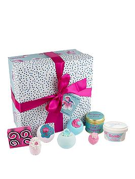Bomb Cosmetics Pamper Hamper Gift Set