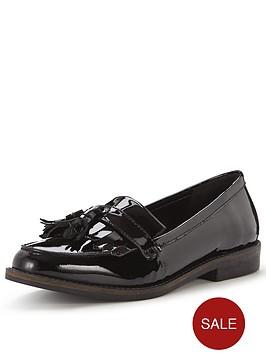 office-frazzle-tassel-loafer
